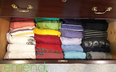 Should You Hang, Fold, or Roll Your T-Shirts?